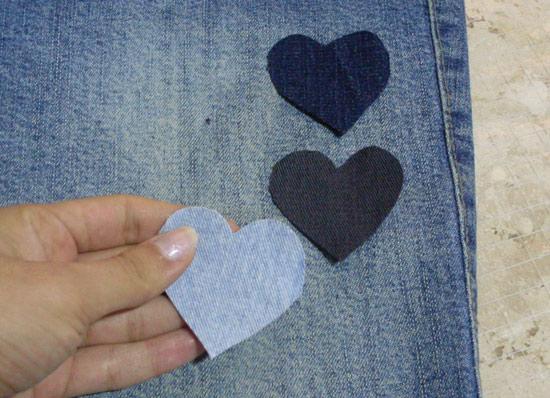 Como customizar calça jeans com corações