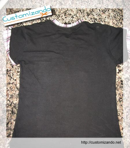 Customizando camiseta