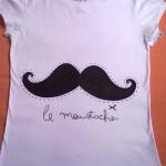Mais uma camiseta de bigode