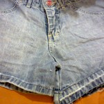 Customizando short com tachinhas