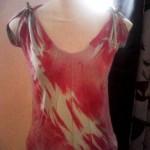 Blusinha com efeito marmorizado e fita de cetim