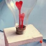 DIY Enfeite feito com lâmpada