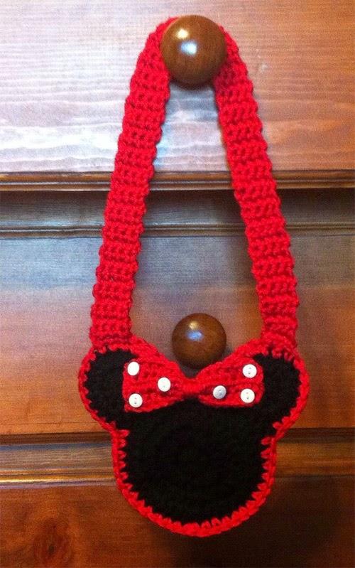 Inspiração: Minie Mouse - bolsinha crochê