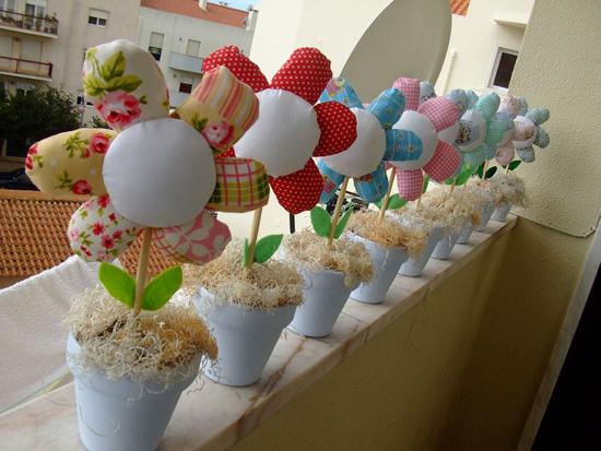 vasinhos-flores-feitas-com-retalhos
