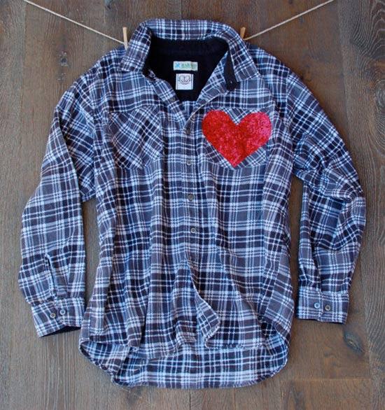 Camisa xadrez customizada com coração no bolso