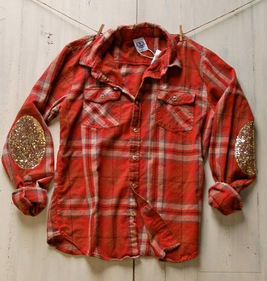 Camisa xadrez customizada com cotoveleira de paetês