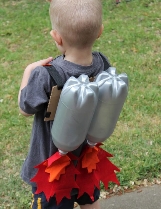 brinquedo-sucata-foguete-garrafa-pet